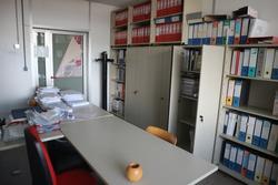 Arredi e attrezzature per ufficio e sala conferenze - Asta 2714