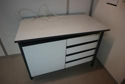 Laboratory furniture - Lot 24 (Auction 2715)