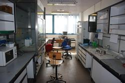 Laboratory furniture and equipment - Lot 51 (Auction 2718)