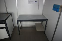 Laboratory furniture - Lot 54 (Auction 2718)