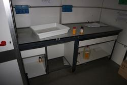 Laboratory furniture and equipment - Lot 55 (Auction 2718)