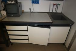 Laboratory furniture and equipment - Lot 61 (Auction 2718)