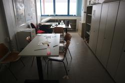 Laboratory furniture - Lot 67 (Auction 2718)