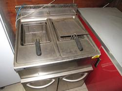 Dexion fryers and cooking equipment - Lot 6 (Auction 2733)