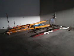 Fredia and Airbus tow bars - Lot 8 (Auction 2740)