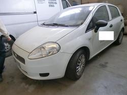 Fiat Punto vehicle - Lot 156 (Auction 2746)