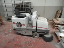 Dulevo industrial sweeper - Lot 9 (Auction 2756)