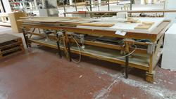 Profile gluing benches - Lot 61 (Auction 2759)