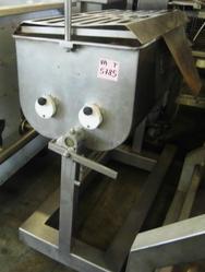 Horizontal mixer with tilting machine - Lot 15 (Auction 2781)