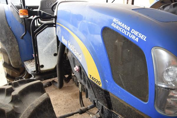 Immagine n. 6 - 15#2799 Trattore New Holland 40-20