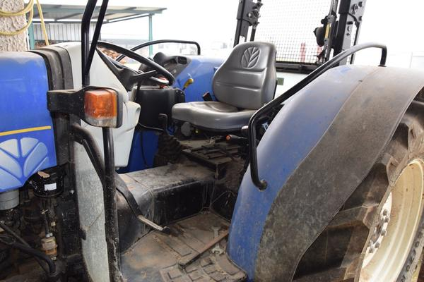 Immagine n. 7 - 15#2799 Trattore New Holland 40-20