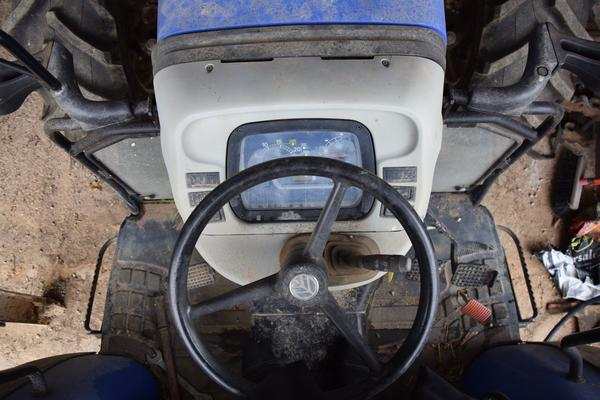 Immagine n. 11 - 15#2799 Trattore New Holland 40-20