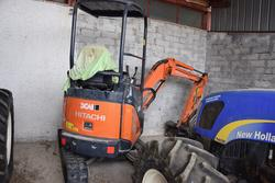 Hitachi mini excavator - Lot 16 (Auction 2799)