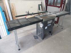 Comall Sam sawing machine - Lot 32 (Auction 2800)