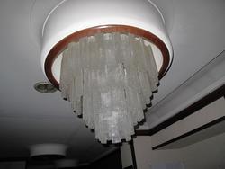 Lampadari in vetro di Murano e arredi per negozio abbigliamento - Asta 2805