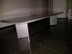 Tavolo in pietra Ramella - Lotto 23 (Asta 2808)