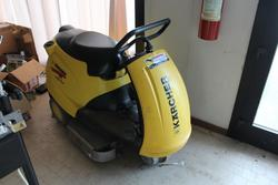 Karcher scrubber - Lot 3 (Auction 2810)