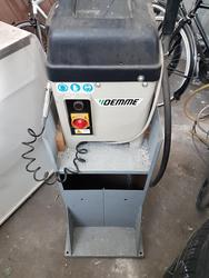 Demme aluminum glass notching machine - Lot 6 (Auction 2812)