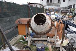 Betoniera ed attrezzatura edilizia - Lotto 2 (Asta 2819)
