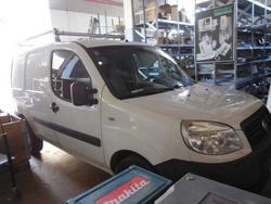 Autocarro Fiat Doblò e attrezzature officina - Lotto 1 (Asta 2831)
