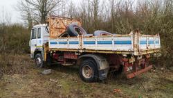 Camion Fiat 145 e materiale edile - Lotto 1 (Asta 2844)