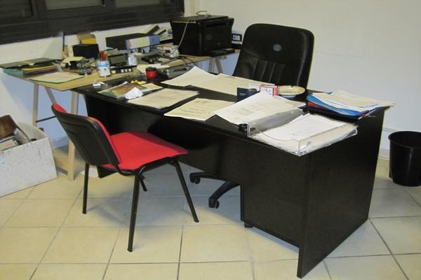 Libreria Ufficio Bassa : Lotto mobili e materiale da ufficio
