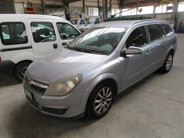 203#2860 Automobile Opel Astra Sw