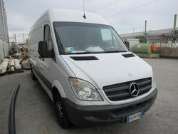 Mercedes truck - Lot 1 (Auction 2869)