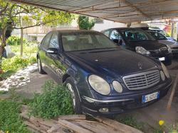 Mercedes E270 CDI car - Lot 8 (Auction 2877)
