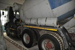 Iveco Magirus 330   36H concrete mixer - Lot 10 (Auction 2892)