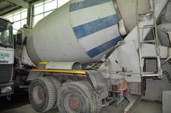 Fiat 330   26P concrete mixer truck - Lot 3 (Auction 2892)