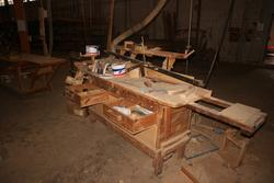 Workbenches and barrels - Lot 5 (Auction 2912)