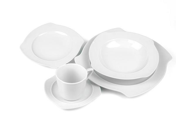 54#2916 Servizio piatti e caff
