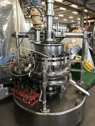 Automatic dosing machine with red pistons and shutters - Lot 25 (Auction 2920)