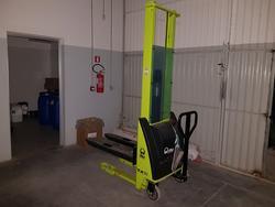 Carrello elevatore Lifter - Lotto 10 (Asta 2927)