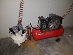 Fiac and Sil dry air compressors - Lot 11 (Auction 2927)