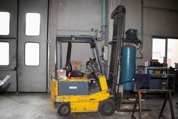 Forklift - Lot 20 (Auction 2930)