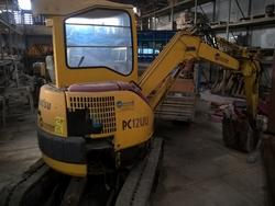 Komatsu mini excavator - Lot 39 (Auction 2941)