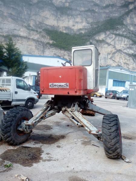 Immagine n. 6 - 17#2949 Escavatore ragno Euromagh Tigrone