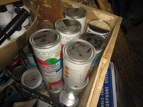 Immagine n. 15 - 3#2955 Sacchi di intonaco e latte di idropittura