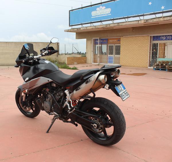 1#29580 Moto Ktm 990 Supermoto