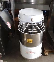 Bread mixer - Lot 12 (Auction 2979)