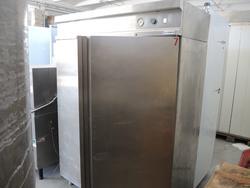 Double door fridge cabinet - Lot 13 (Auction 2983)