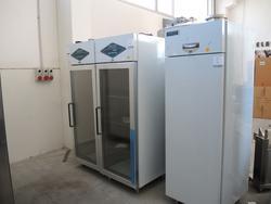 Ktm Tnn 70 refrigerator cabinet - Lot 1 (Auction 2985)