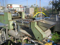 Pitting machine for fruit and vegetable cherries - Lot 37 (Auction 2996)