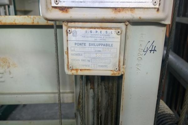 50#3066 Ponti sviluppabili F.lli Ferretti