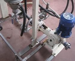 Syrup pumps - Lot 23 (Auction 3067)