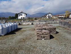 Lastre in granito e basalto - Lotto  (Asta 3069)