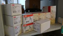 Electrical equipment - Lot 99 (Auction 3074)