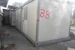 Insulated monoblock with lockers - Lot 38 (Auction 3078)
